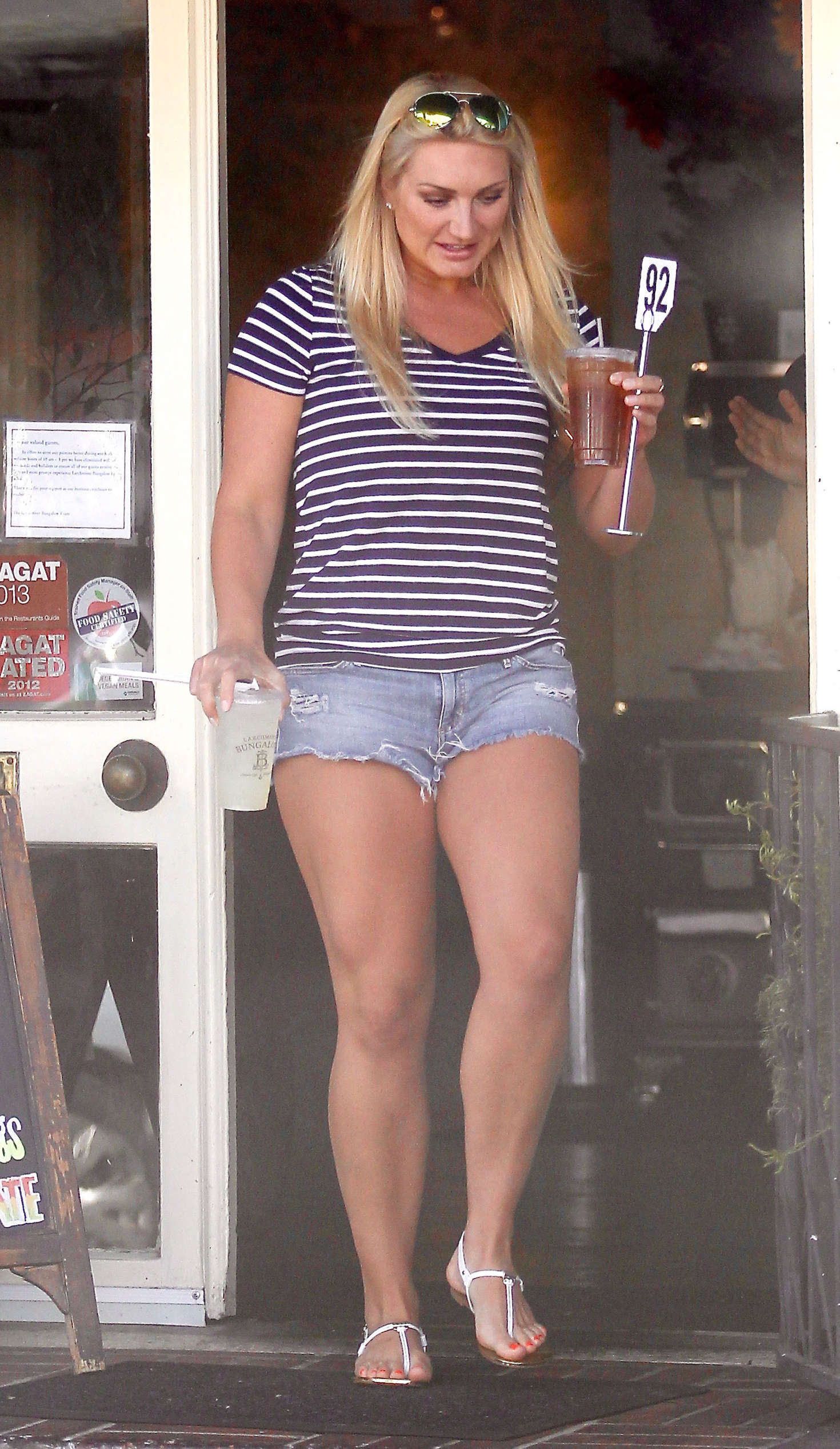 Jennifer Mcdaniel Body Brooke Hogan in Jeans ...