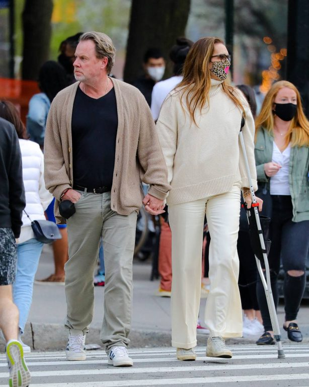 Brooke Shields - With husband Chris Henchy out in New York