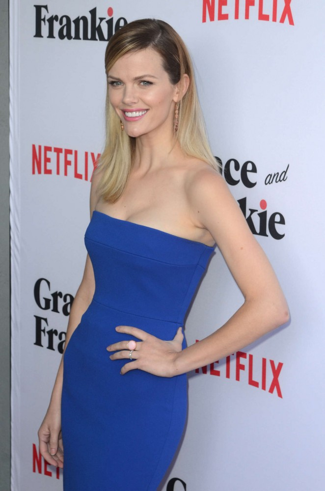 Brooklyn Decker - 'Grace and Frankie' Season 2 Premiere in Los Angeles