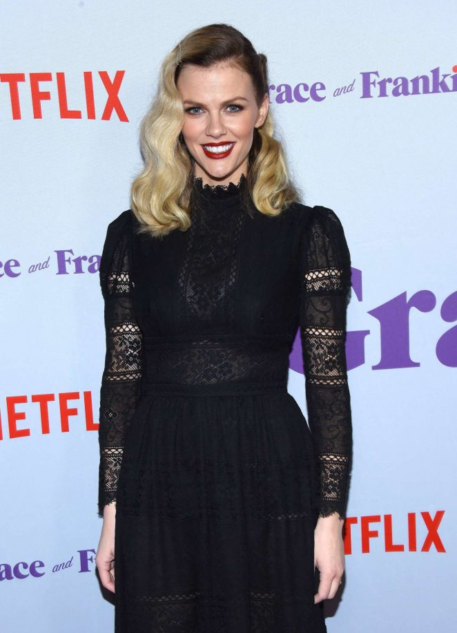 Brooklyn Decker - 'Grace and Frankie' Season 4 Premiere in LA