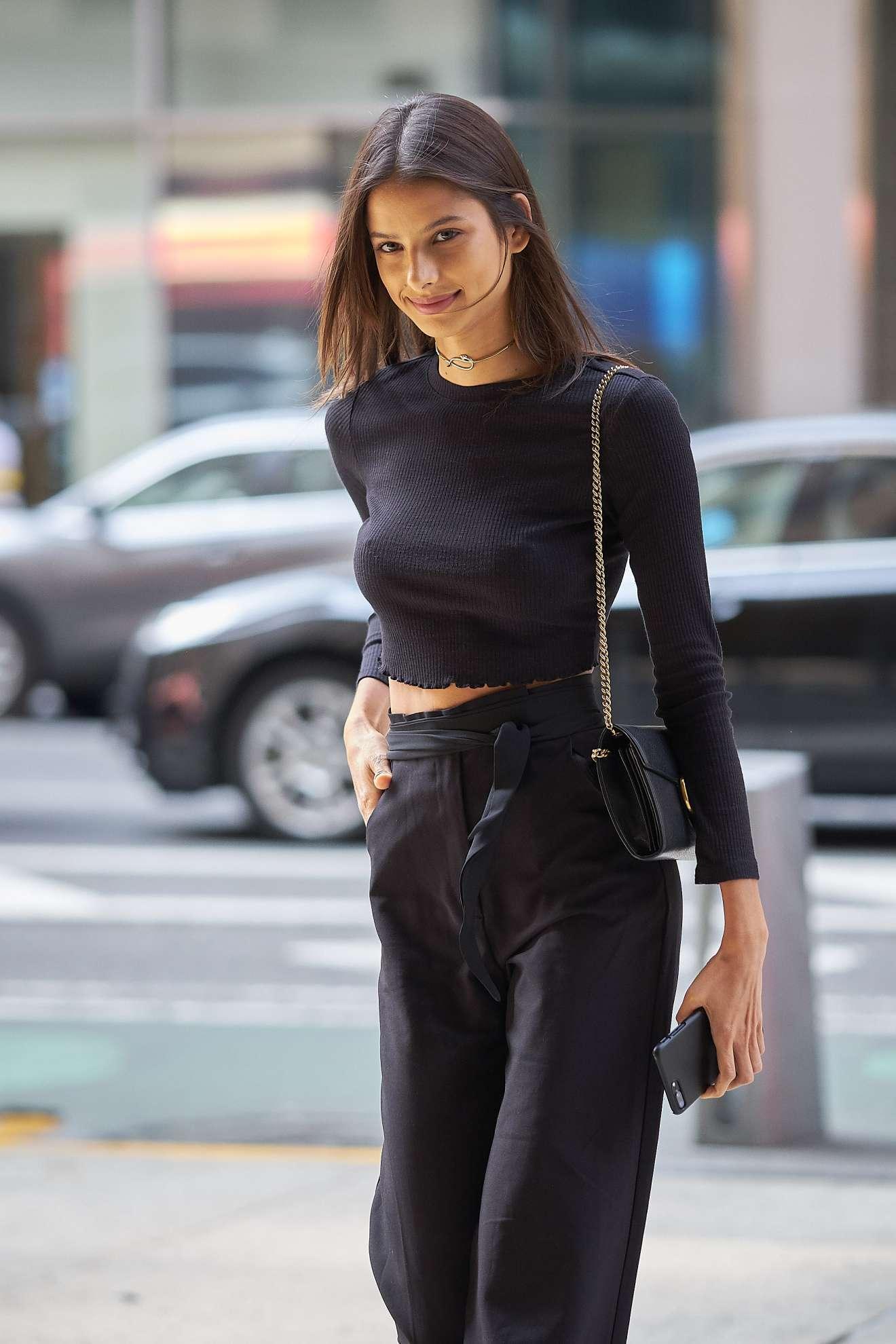 Bruna Lirio: Arrriving at Victorias Secret Fitting -09