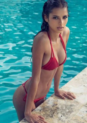 Bruna Lirio - Bikini Photos