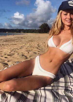 Bryana Holly - Hot Pics