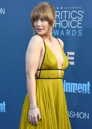Bryce Dallas Howard - 22nd Annual Critics' Choice Awards in Los Angeles