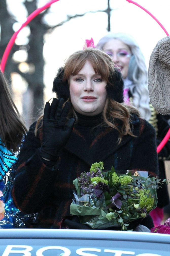 Bryce Dallas Howard – Harvard's Hasty Pudding Woman of the Year Parade in Cambridge