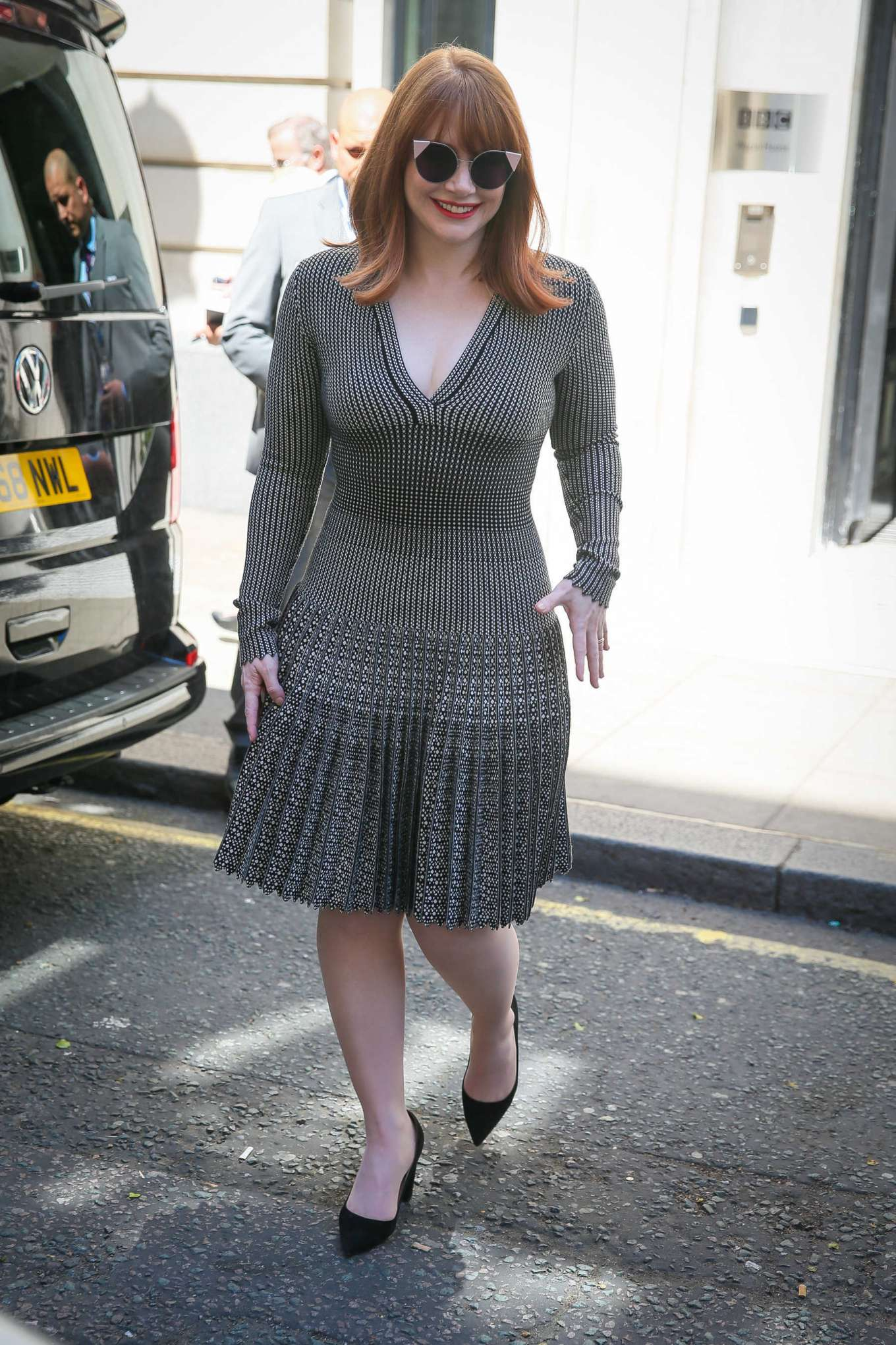 Bryce Dallas Howard 2019 : Bryce Dallas Howard: Out and about in London-03