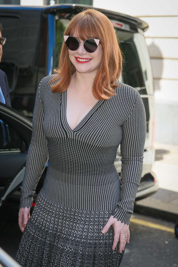 Bryce Dallas Howard 2019 : Bryce Dallas Howard: Out and about in London-07