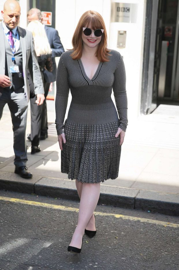 Bryce Dallas Howard 2019 : Bryce Dallas Howard: Out and about in London-08