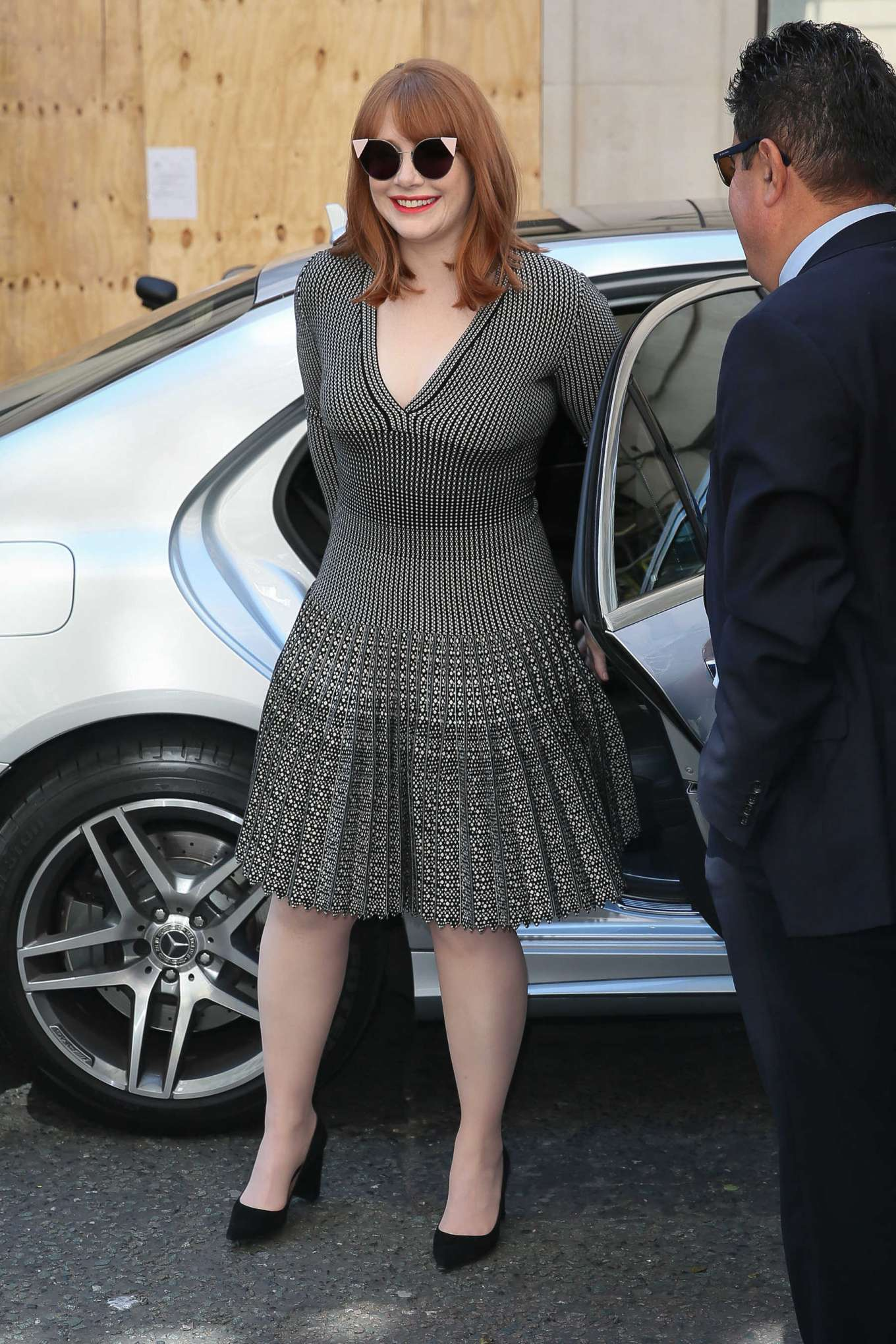 Bryce Dallas Howard 2019 : Bryce Dallas Howard: Out and about in London-09