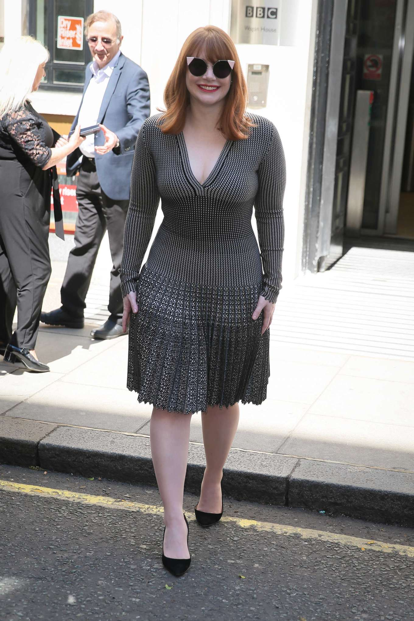 Bryce Dallas Howard 2019 : Bryce Dallas Howard: Out and about in London-17