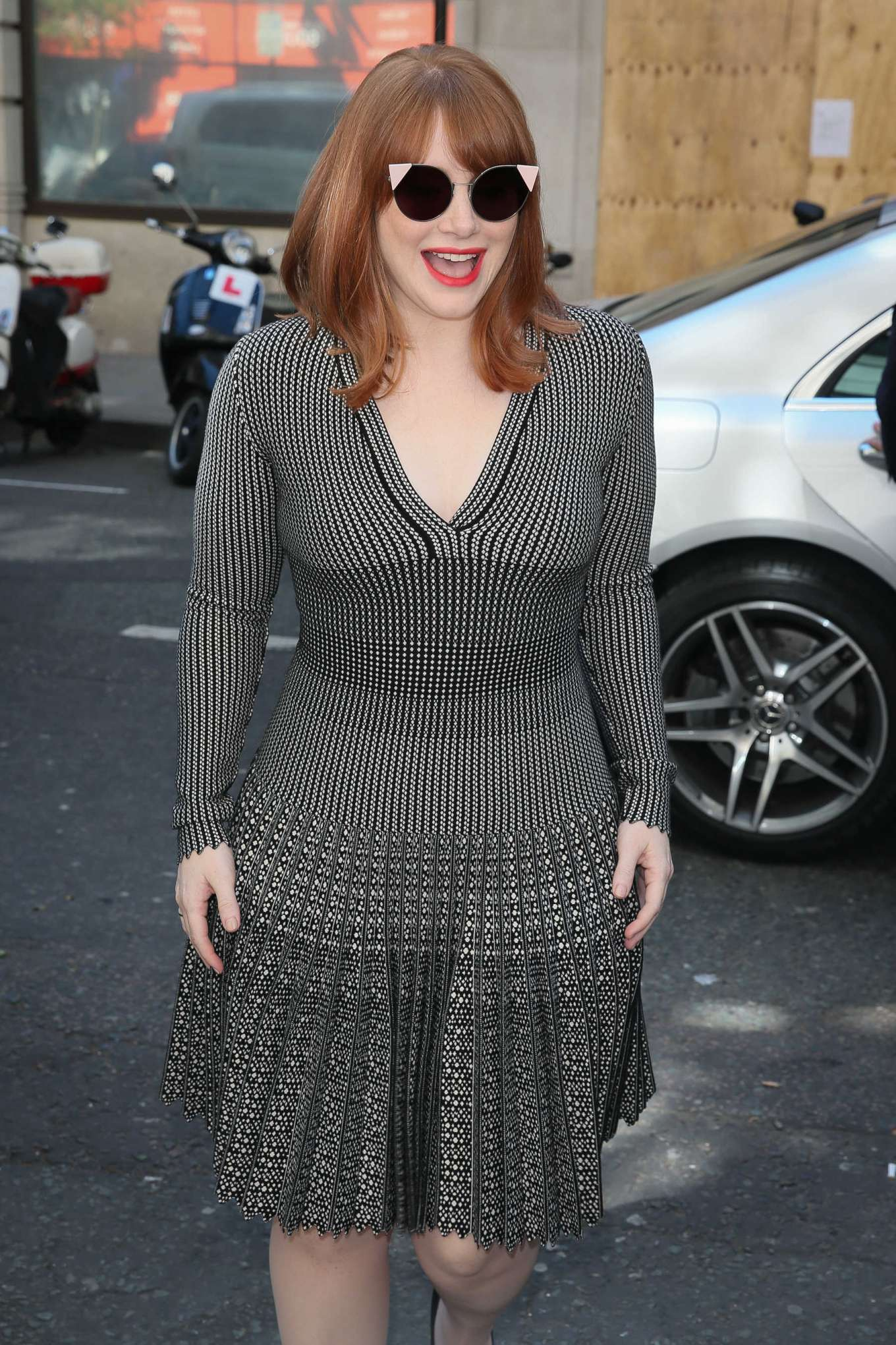 Bryce Dallas Howard 2019 : Bryce Dallas Howard: Out and about in London-19