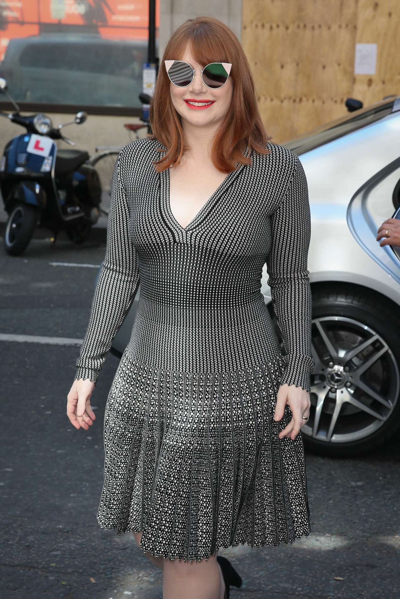 Bryce Dallas Howard 2019 : Bryce Dallas Howard: Out and about in London-20
