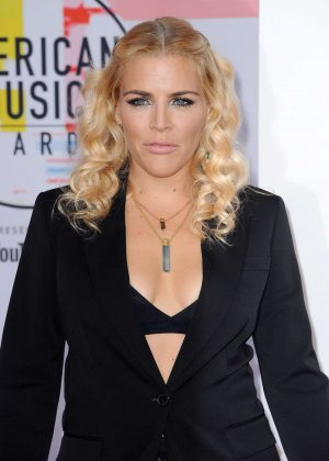 Busy Philipps - 2018 American Music Awards in Los Angeles