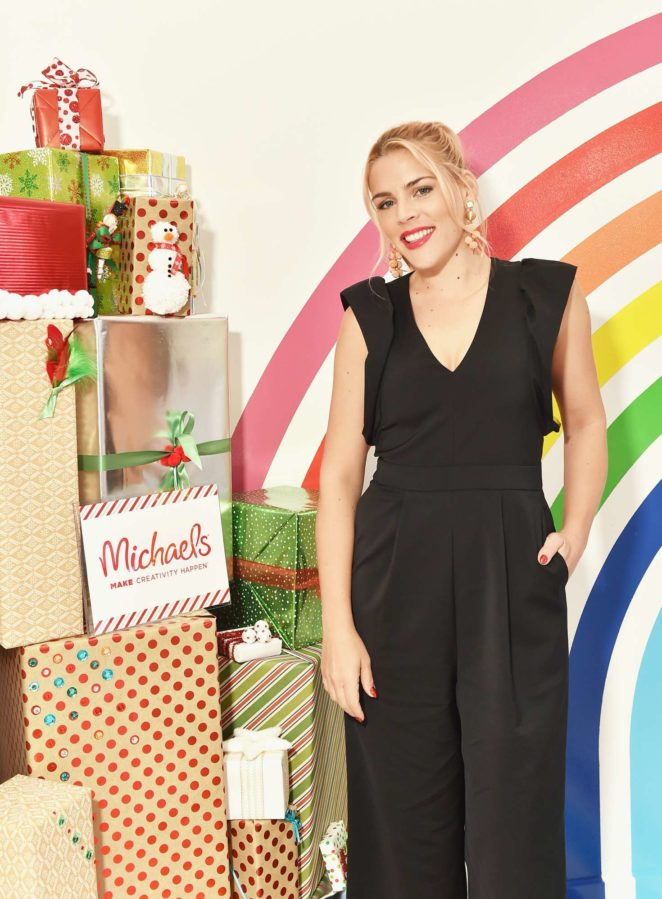 Busy Philipps – Celebration of the season's greatest DIY gifts in New York