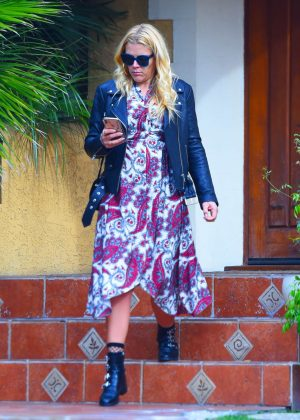 Busy Philipps - Leaving a friend's house in Los Angeles