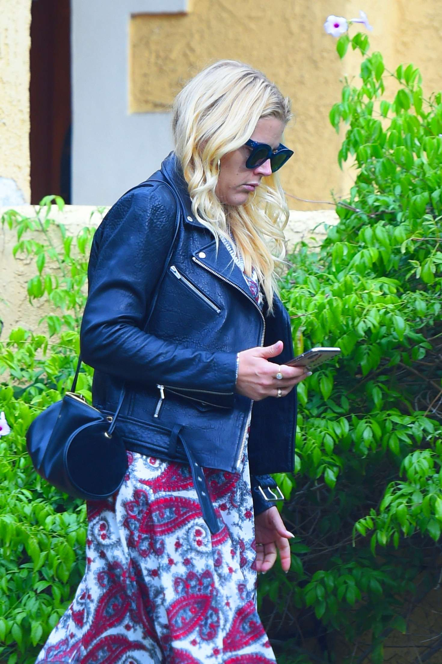 Busy Philipps 2018 : Busy Philipps: Leaving a friends house in Los Angeles -06