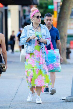Busy Philipps - Running errands in New York