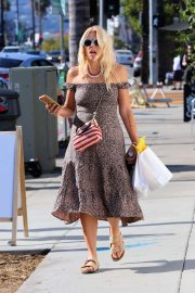 Busy Philipps - Shopping candids in Silver Lake