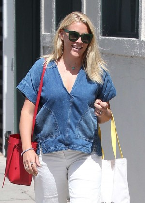 Busy Philipps Shopping in Beverly Hills