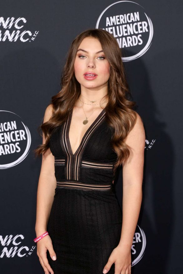 Caitlin Carmichael - 2nd Annual American Influencer Awards in Hollywood