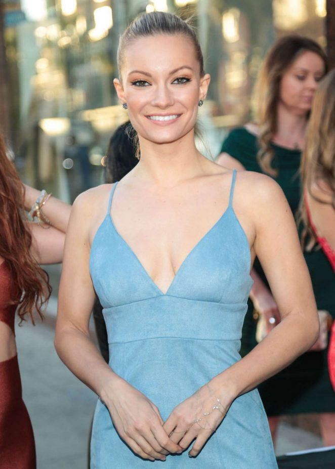 Caitlin O'Connor – Bachelor Auction in Los Angeles