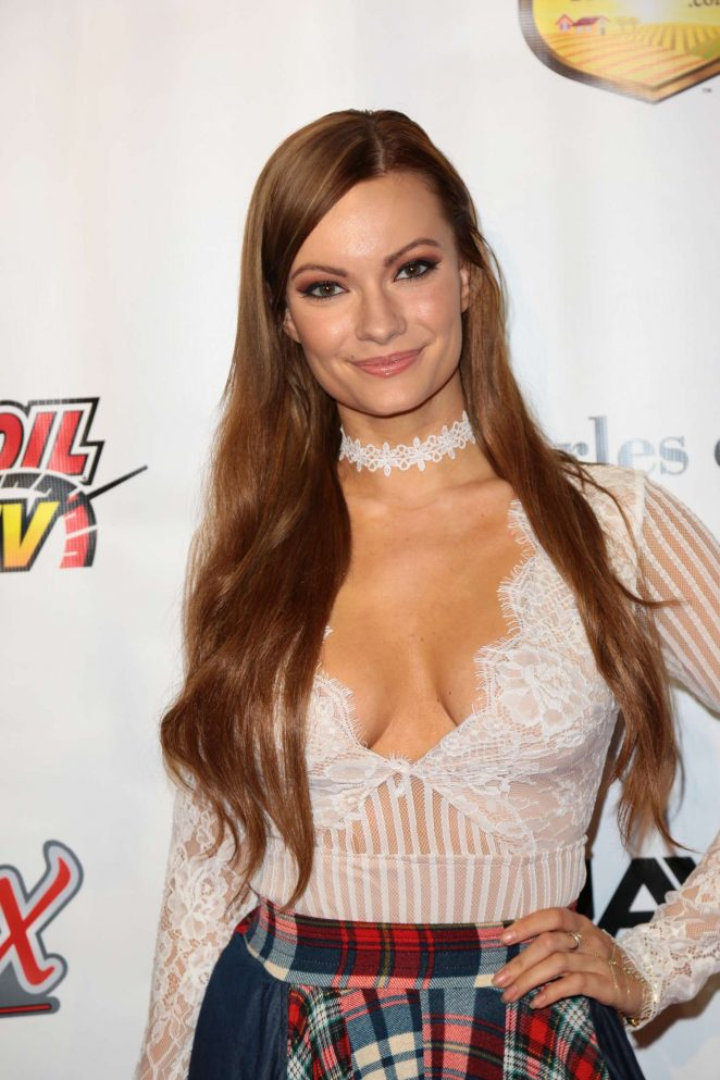 Caitlin O'Connor - 'Running Wild' Premiere in Los Angeles