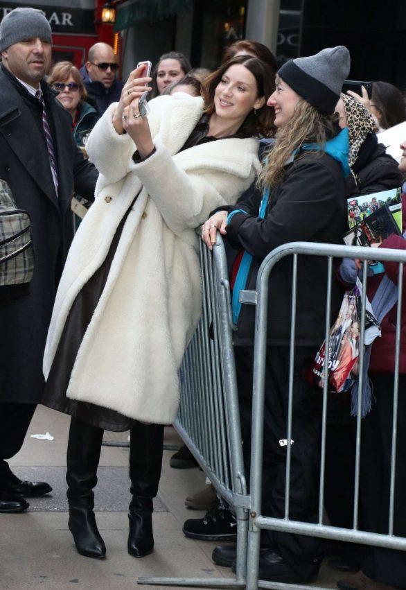 Caitriona Balfe - Arrives at Strahan Sara and Keke in New York