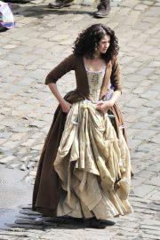 Caitriona Balfe - Filming 'Outlander' in Fife