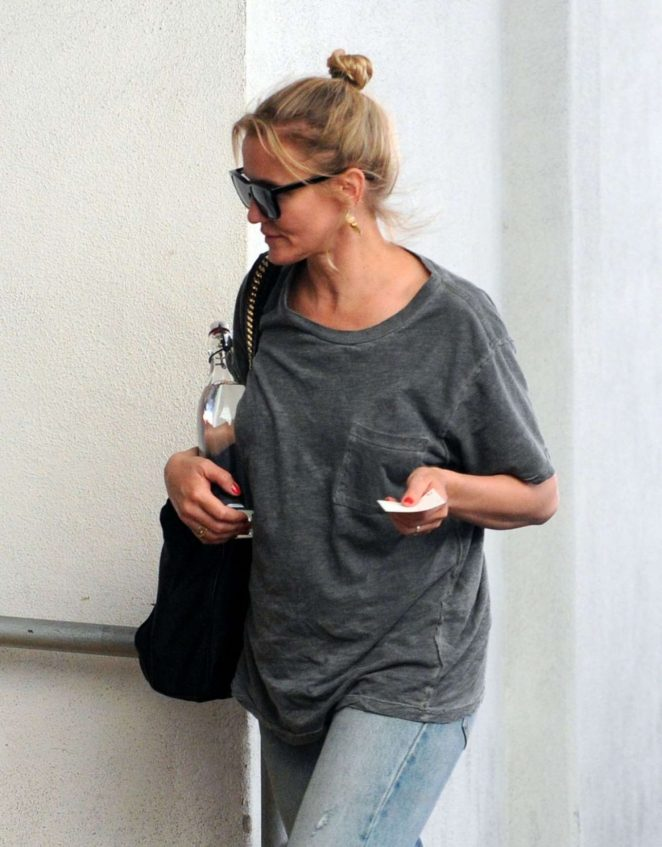 Cameron Diaz - Arrives at a Medical Building in Beverly Hills
