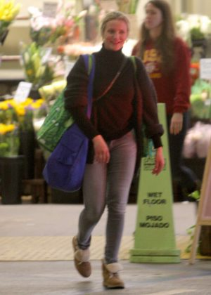 Cameron Diaz at Whole Foods in Los Angeles