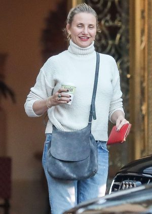 Cameron Diaz in Jeans at the Montage Hotel in Beverly Hills