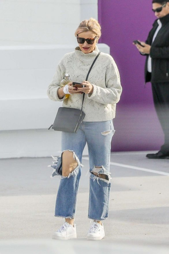 Cameron Diaz in Ripped Jeans - Out in Santa Monica