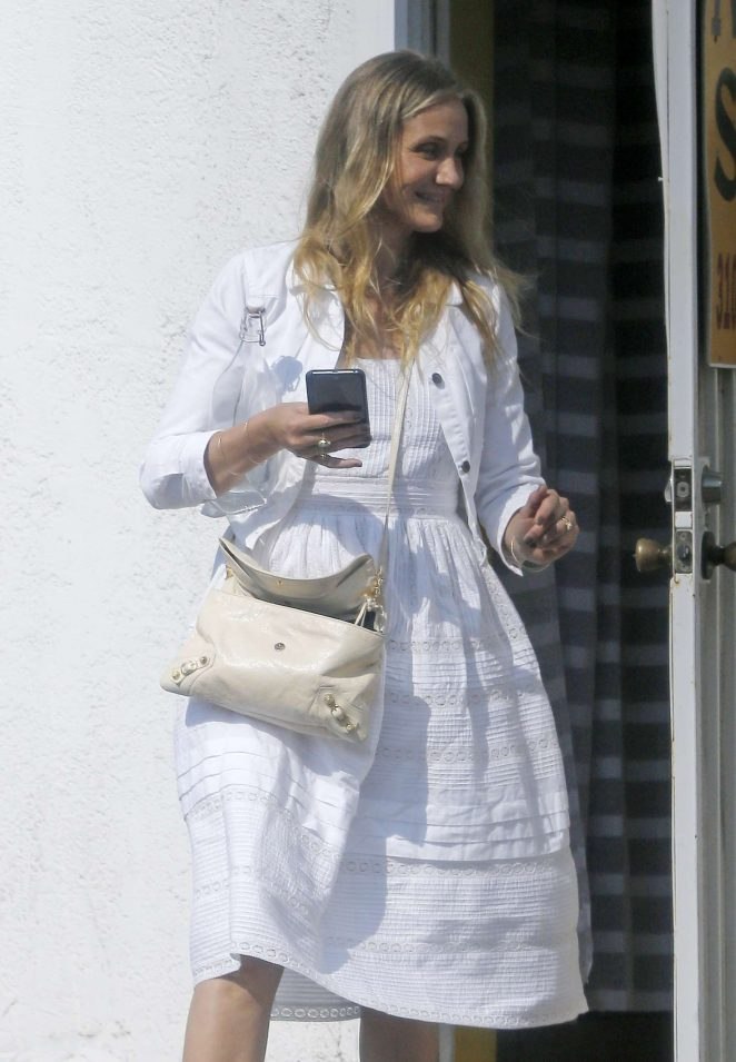 Cameron Diaz Leaving Rodeo Nail Salon in Beverly Hills