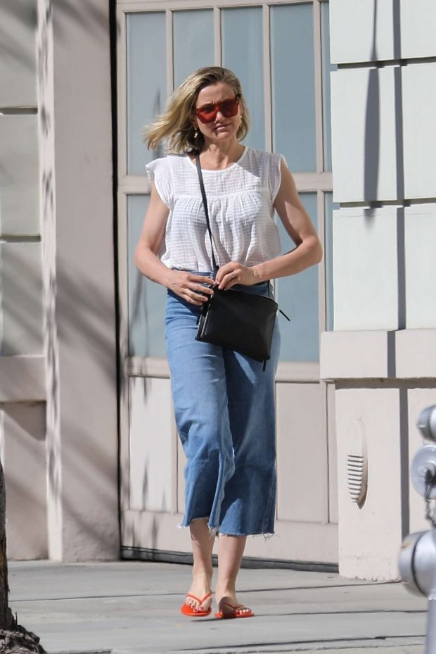 Cameron Diaz: Out in Los Angeles -04