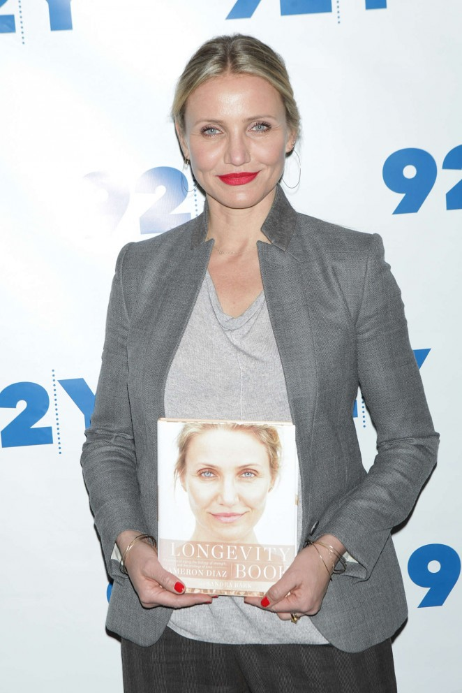 Cameron Diaz – Promotes 'The Longevity Book' at 92Y in New York