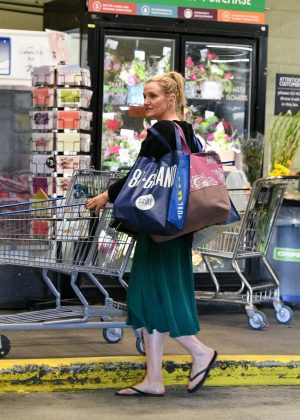 Cameron Diaz - Shopping at Whole Foods Market in Beverly Hills