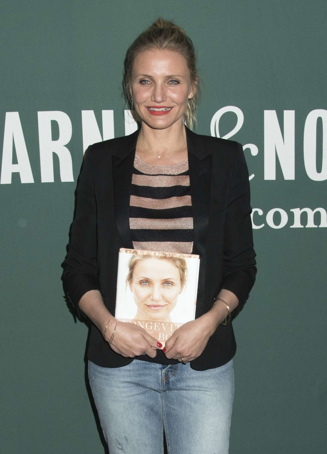 Cameron Diaz - Signs copies of 'The Longevity Book' at Barnes and Noble in New York