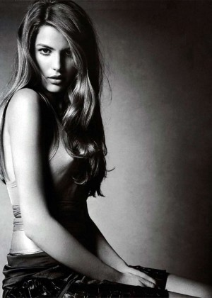 Cameron Russell: Supermodel US 2015 -07
