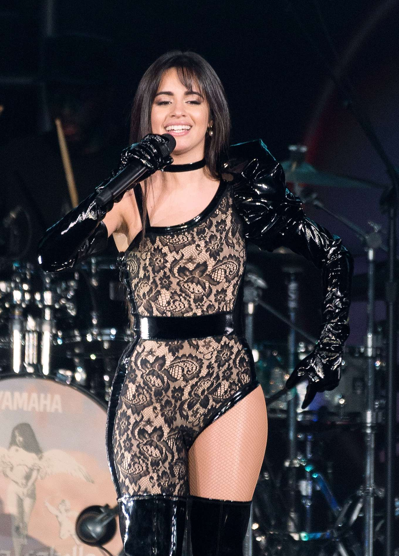 Camila Cabello - Performs at B96 Jingle Bash in Chicago