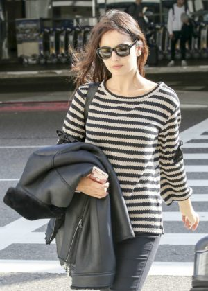 Camilla Belle - Leaving LAX airport in Los Angeles