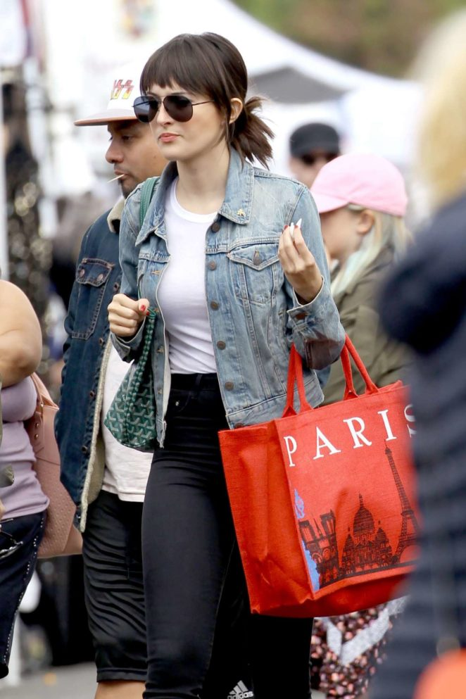 Camilla Belle - Shopping at Farmer's Market in Studio City