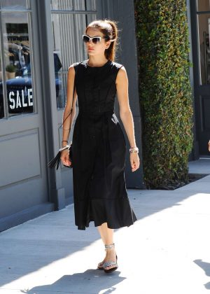 Camilla Belle - Shopping at Marc Jacobs in Los Angeles