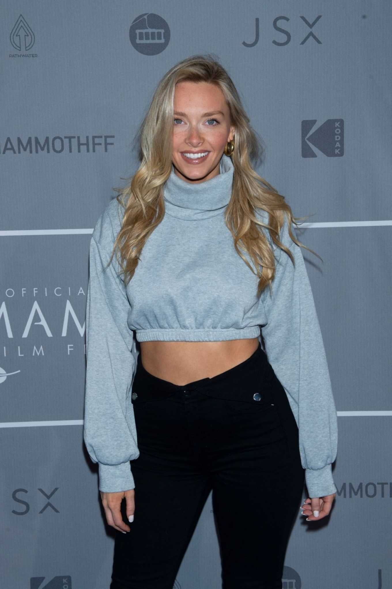 Camille Kostek 2020 : Camille Kostek – Looks radiant at 2020 Mammoth Film Festival in Mammoth Lakes-01