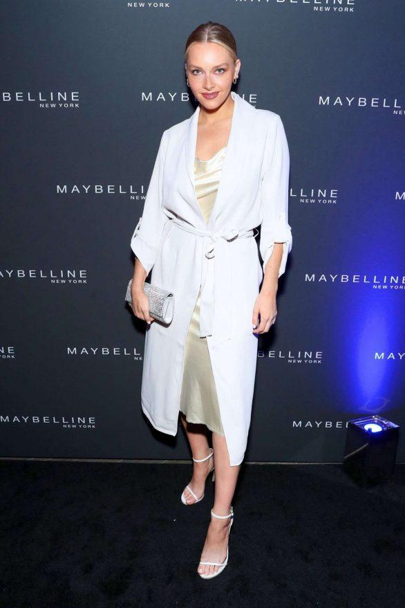Camille Kostek - Maybelline show at New York Fashion Week