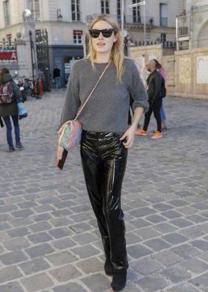 Camille Rowe - Arriving at Etam Fittings at Paris Fashion Week
