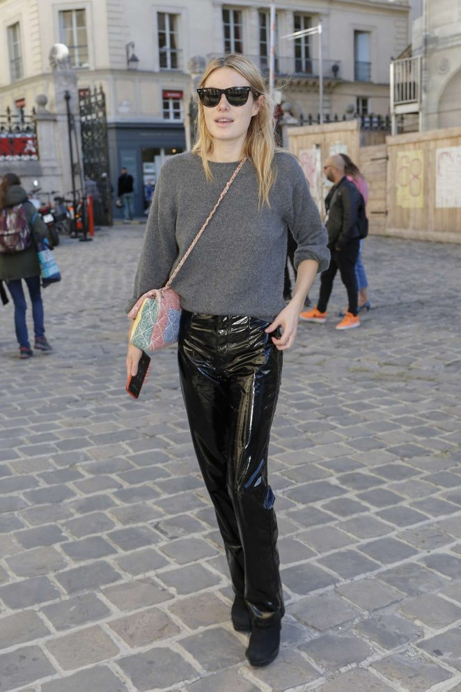 Camille Rowe – Arriving at Etam Fittings at Paris Fashion Week