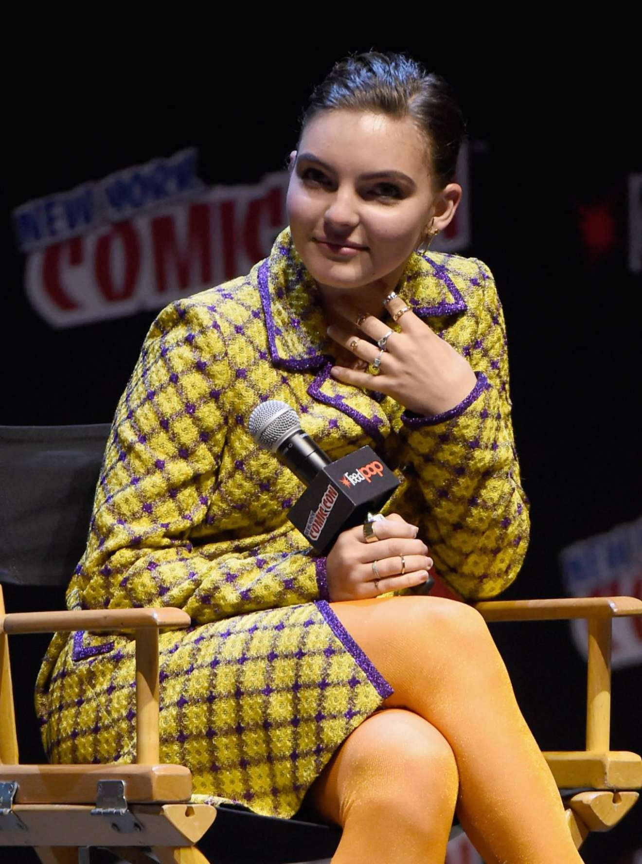 Camren Bicondova - 2017 New York Comic Con Panel