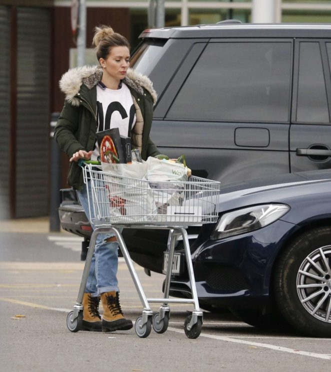 Candice Brown - Shopping at Waitrose in Essex