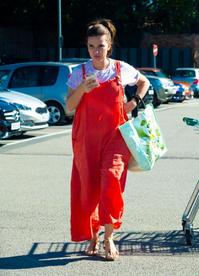 Candice Brown - Shopping in Essex