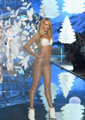 Candice Swanepoel 2015 Victorias Secret Fashion Show Runway In NYC